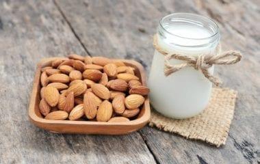 almond milk recipe nutraphoria school of holistic nutrition