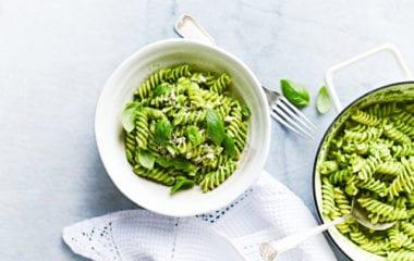 Baby Spinach With Avocado Pasta Nutraphoria