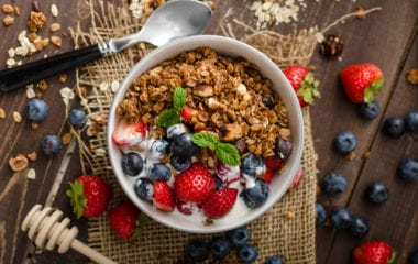 Oven-Baked Granola Nutraphoria